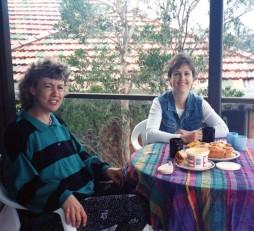 Morning tea after the 20yr High School Reunion, Sept 1995.